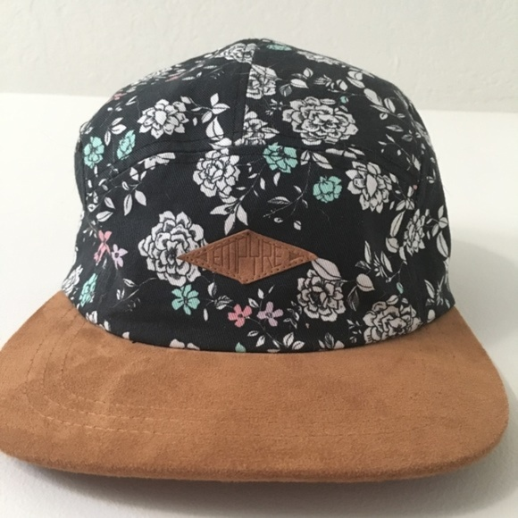 59b306bbaa0 Empyre Accessories - Empyre Floral 5 Panel Strapback Hat